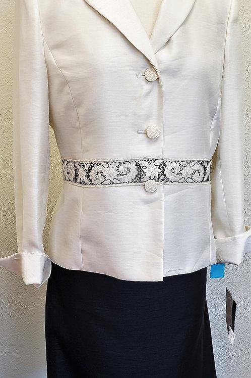 Suit Studio Suit, NWT, Size 10   SOLD