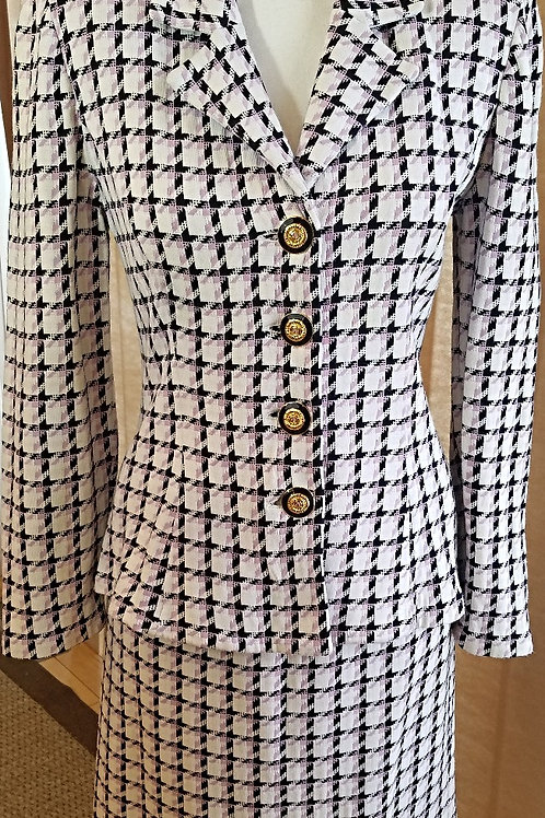 St. John Collection Suit, Size 4     SOLD