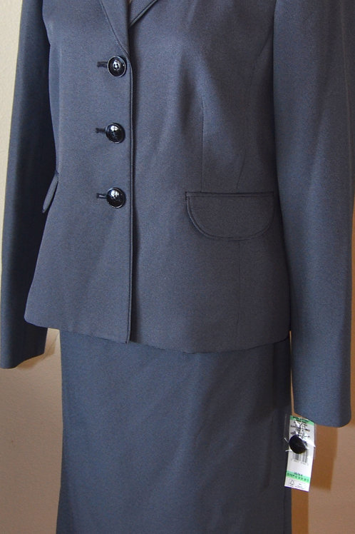 Evan Picone Suit, NWT, Size 8   SOLD