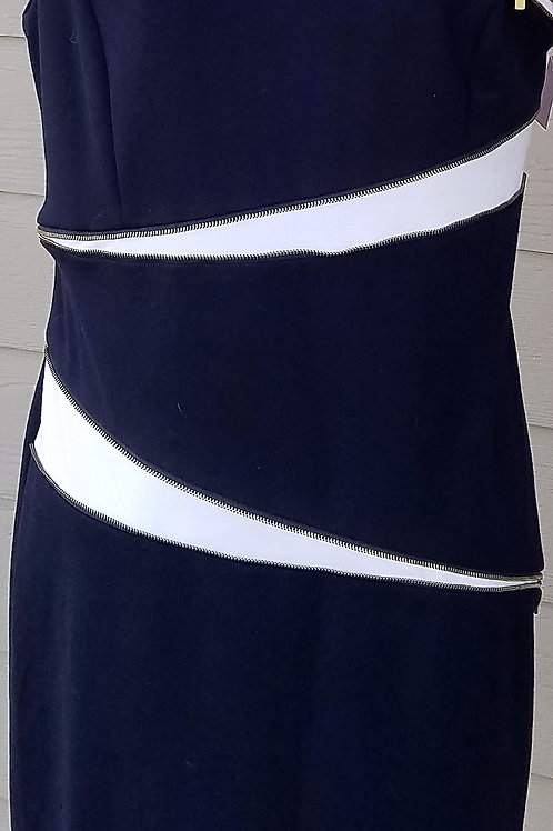 Adrienne Vittadini Dress, Size 6 or 8?    SOLD