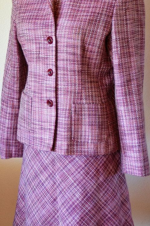 Jaclyn Smith Suit, Jkt Sz 10, Skt Sz 8   SOLD