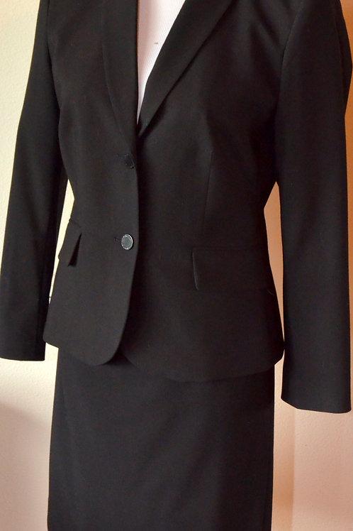 Calvin Klein Suit, Jkt Size 4, Skirt Sz 6P   SOLD