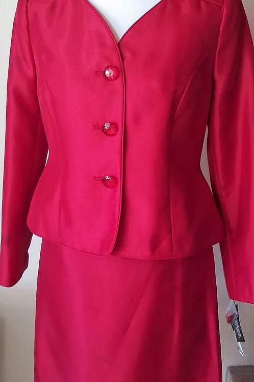 Le Suit, Suit, NWT Size 4P    SOLD