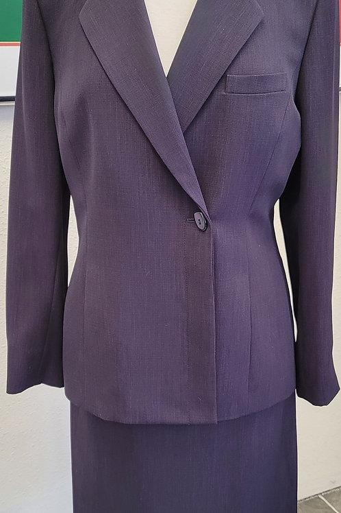 Kasper Suit, Size 10