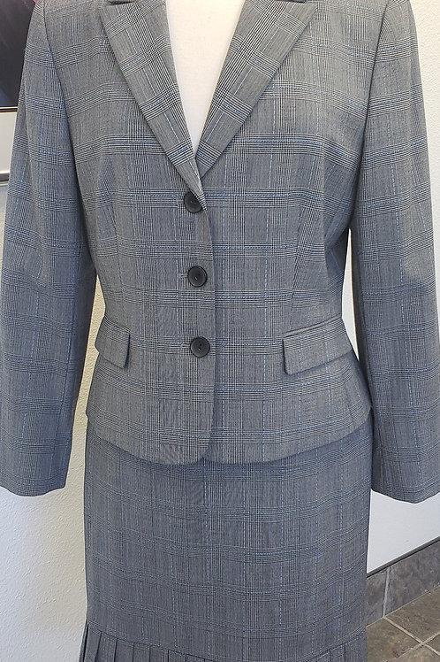 Tahari Suit, Size 12
