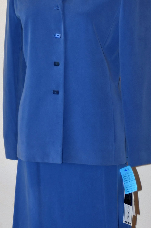 Travis Ayers Suit, NWT, Size 8P    SOLD