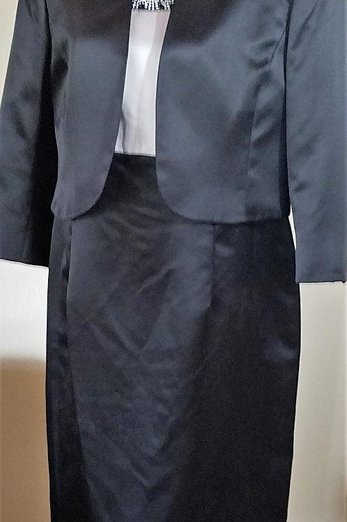 Kasper Gold Label Dress Suit, Size 14    SOLD