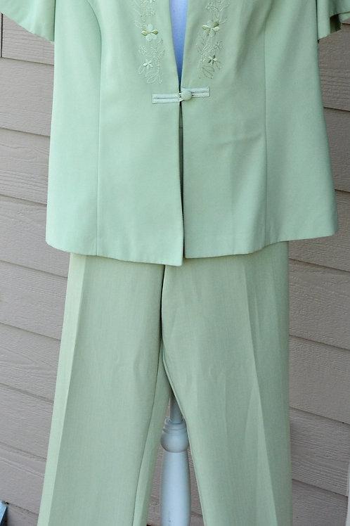 Miss Dorby Pants Suit, Size 18   SOLD