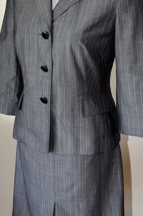 Anne Klein Suit, NWOT, Size 2   SOLD