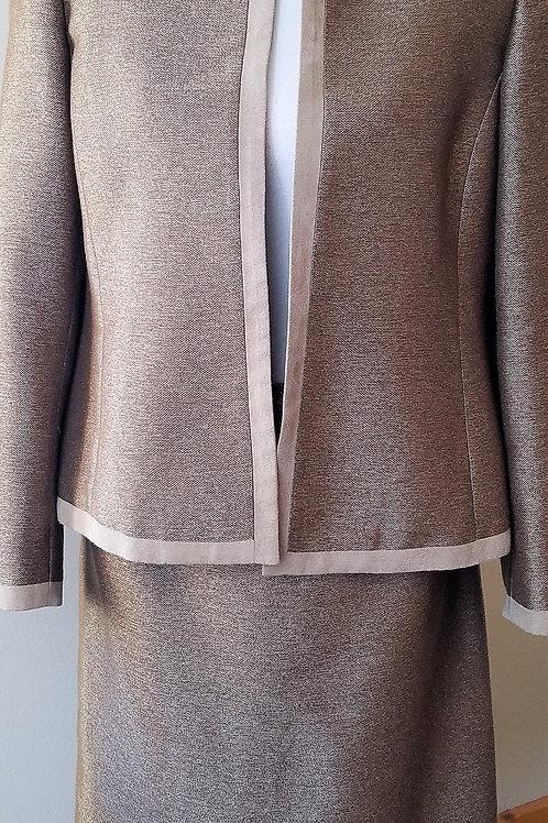 Kasper Suit, NWOT Size 10P    SOLD