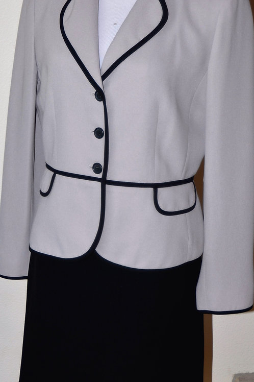 Casual Corner Suit, Size 8  SOLD
