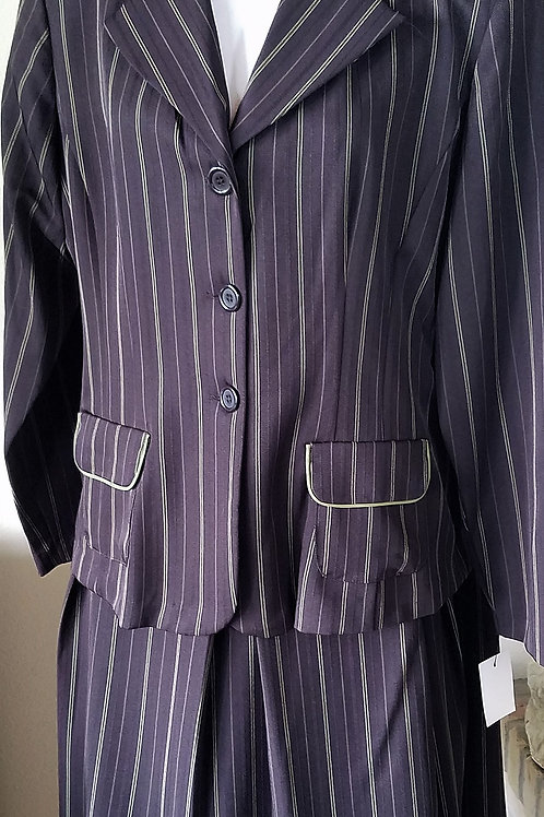 Courtenay Suit, NWT, Size 16     SOLD