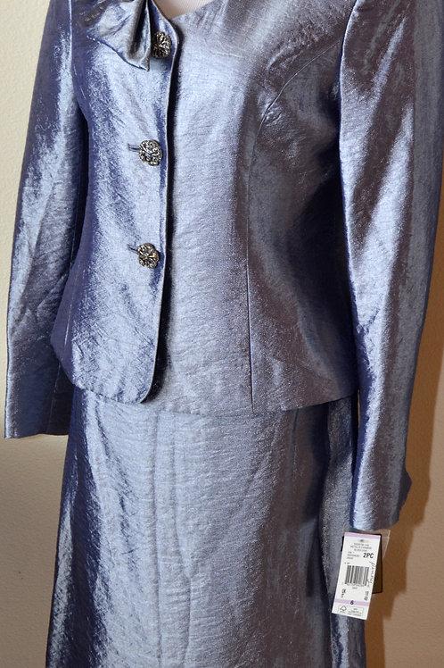 Kasper Lux Suit, NWT, Size 6   SOLD