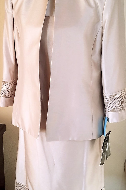 Kasper Gold Suit, NWT, 3 pc, Size 12   SOLD
