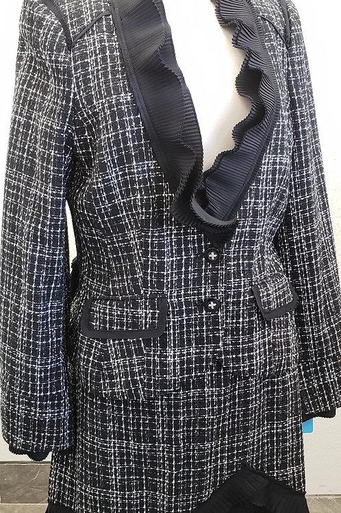 White House Black Market Suit, NWT Jkt Size 14, Skt Size 10