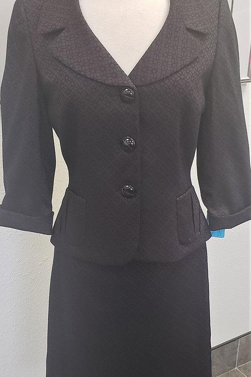Tahari Suit, Size 6