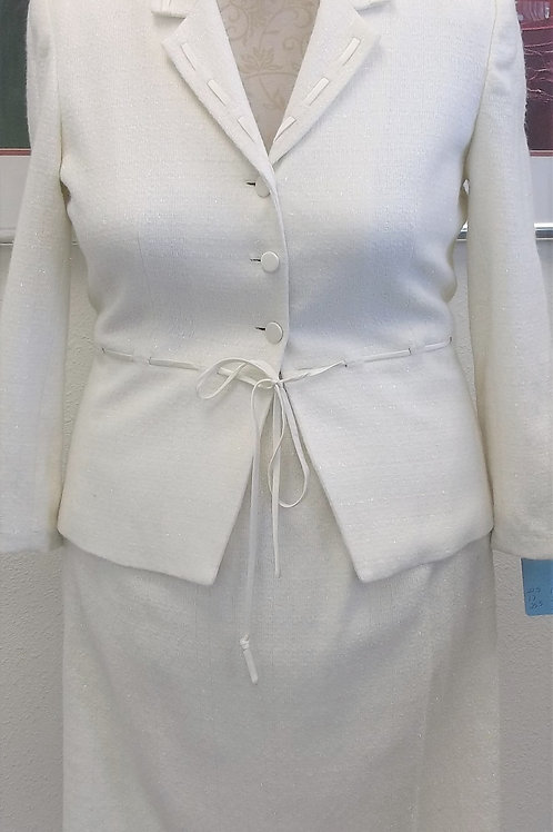 Adrianna Papell Ivory Suit, Size 16