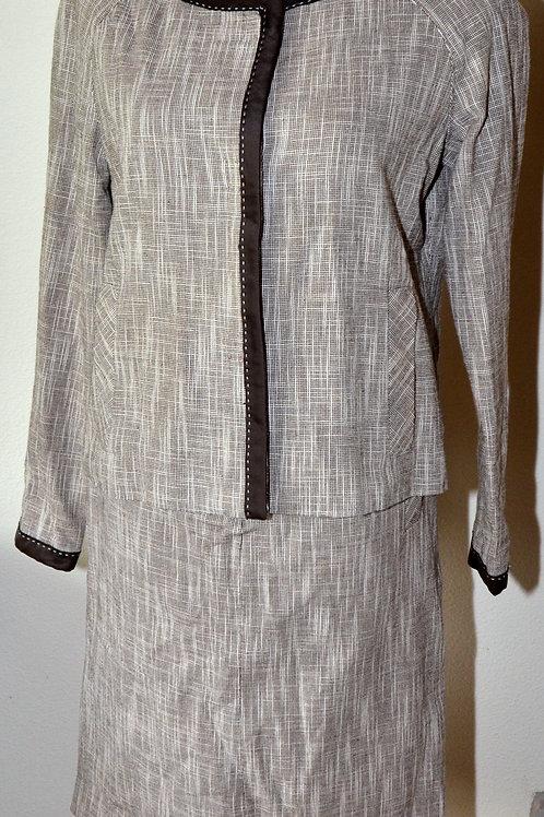 Liz Claiborne Suit, Size 8   SOLD