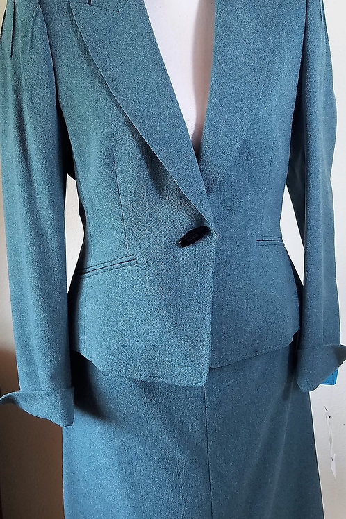 Anne Klein Suit, NWT Size 6    SOLD