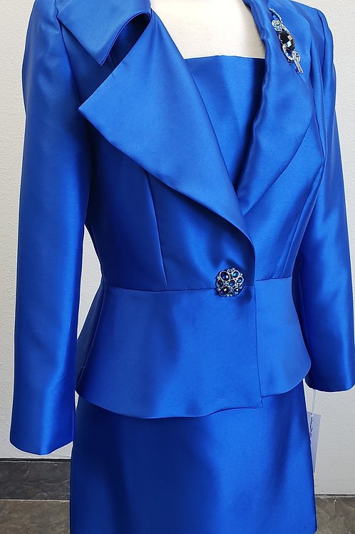 Lily & Taylor Suit, NWT, Size 10