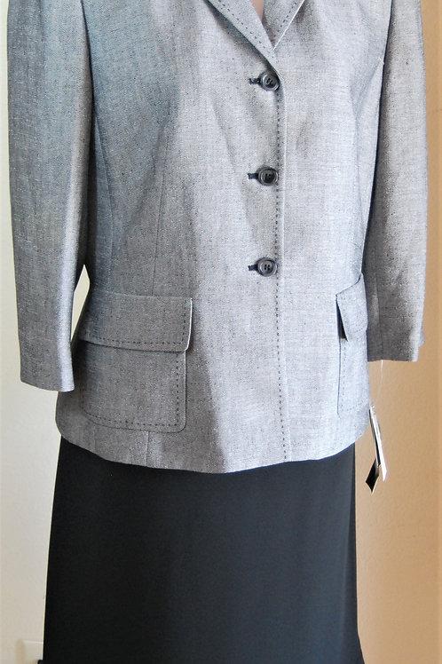Le Suit, Suit, NWT, Size 12   SOLD