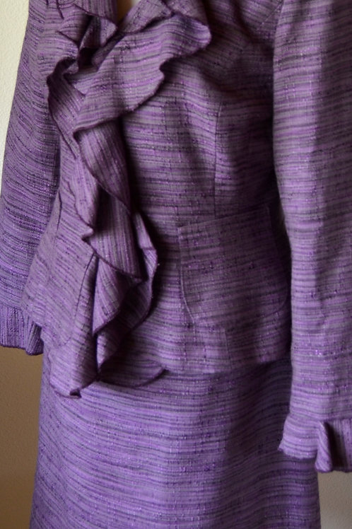 Style Suit, Size 6    SOLD