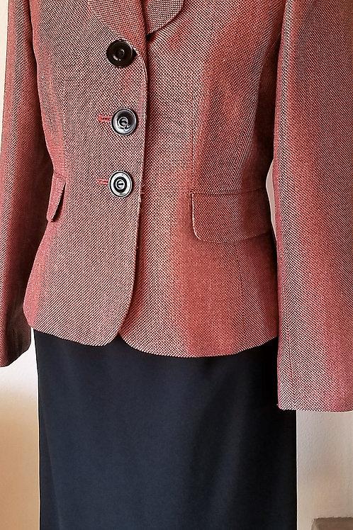 Le Suit Jacket Size 4P, Dress Barn Skirt Size 4  SOLD