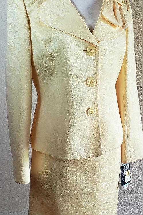 Le Suit, Suit, NWT,  Jkt Sz 8, Skt Sz 10    SOLD
