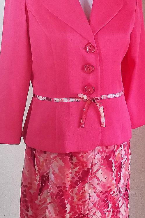 GSA Collection Suit, Size 6   SOLD
