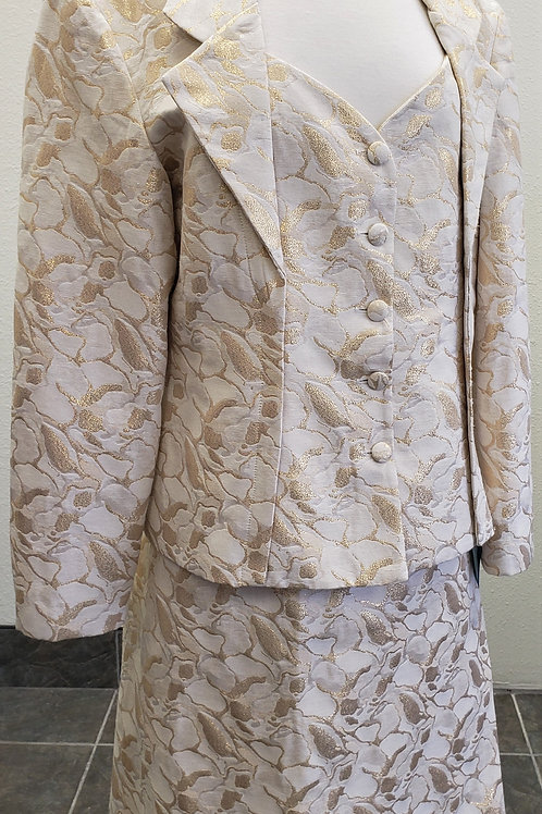 Cartise Suit, Size 18     SOLD