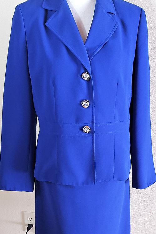 Le Suit Essentials Suit, Size 10