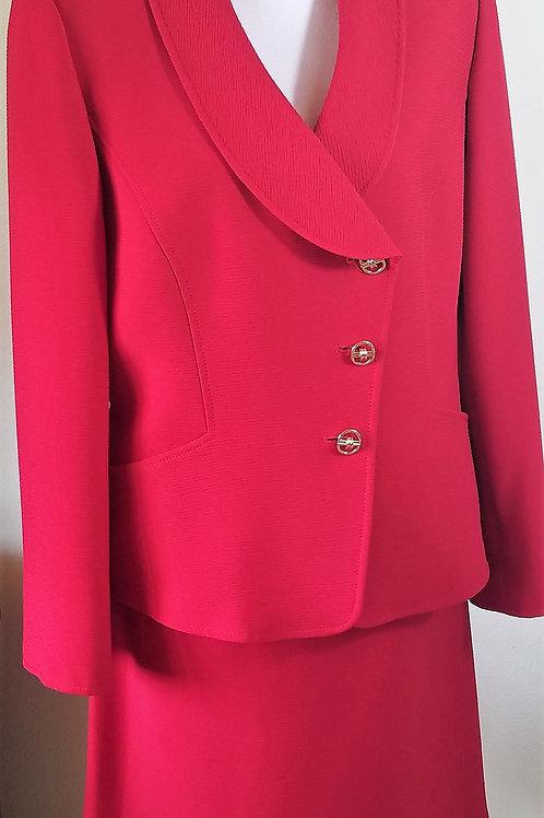 Tahari Suit, Jkt Size 12, Skt Size 14    SOLD
