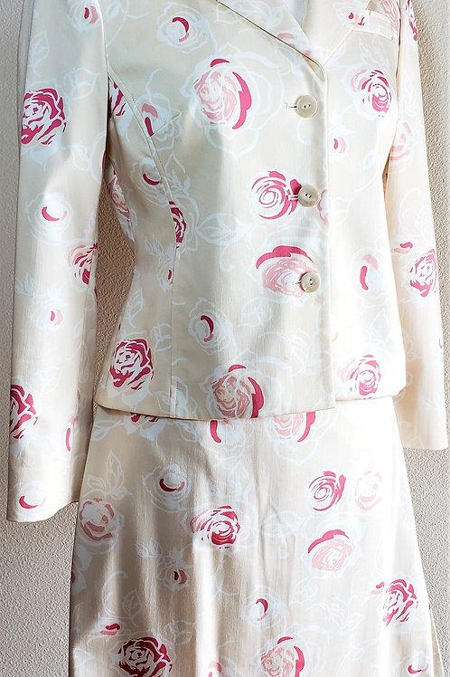 Liz Claiborne Suit, Size 4     SOLD