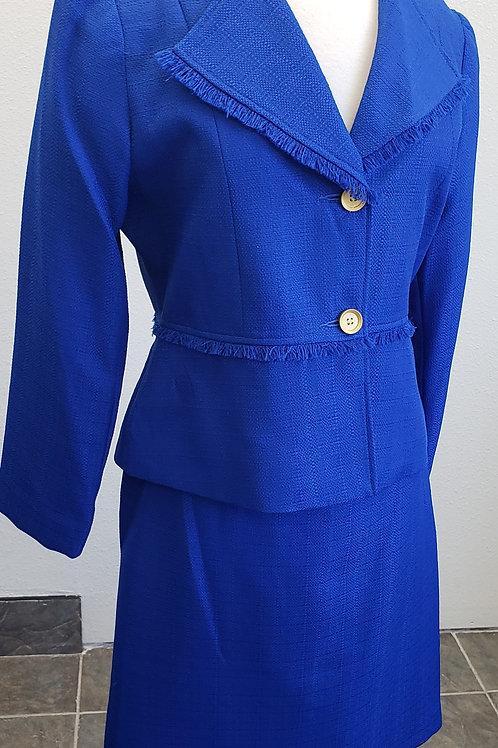 D-Vine Suit, NWT, Size 10