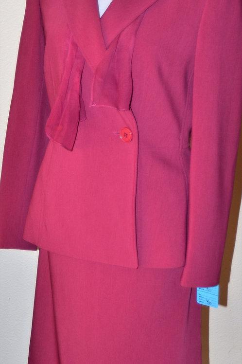 Kasper Suit, Size 6    SOLD