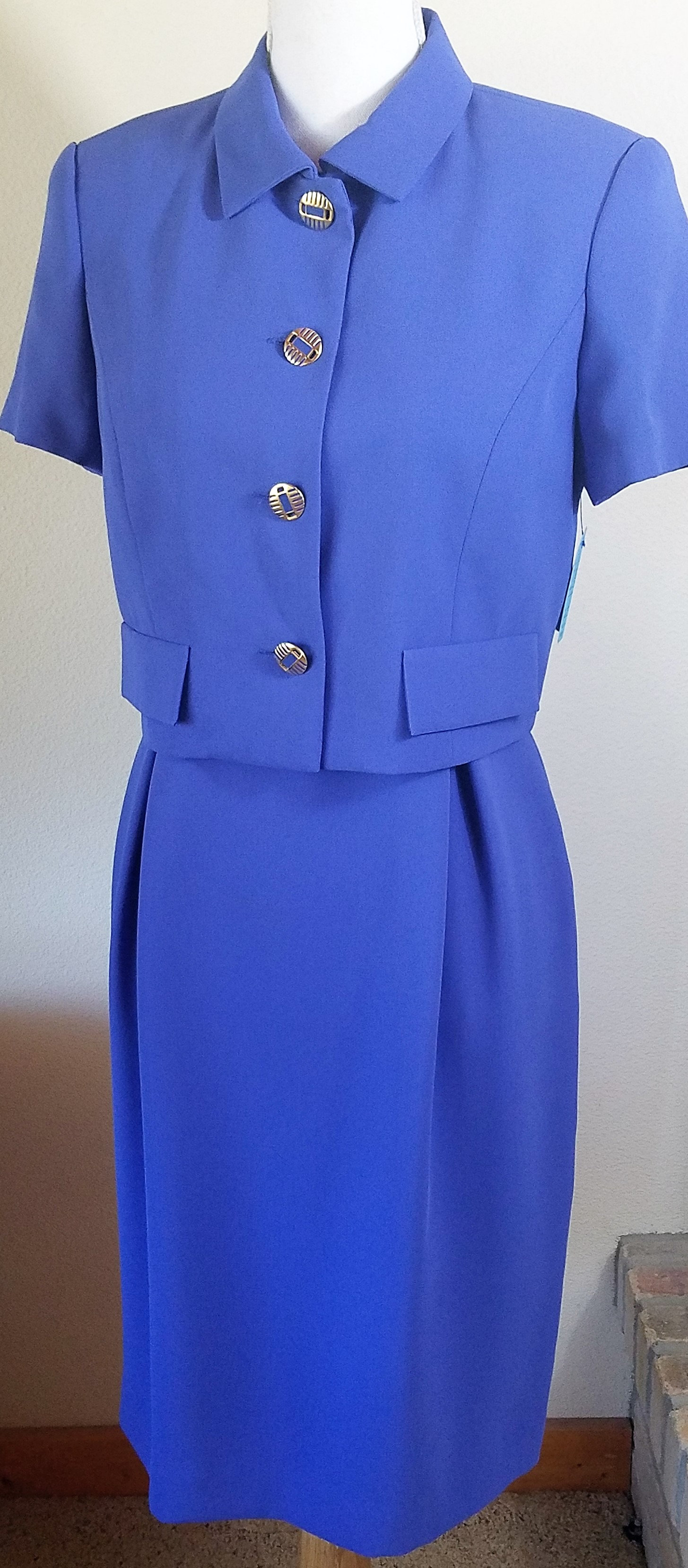 Liz Claiborne Dress Suit, Size 4 SOLD