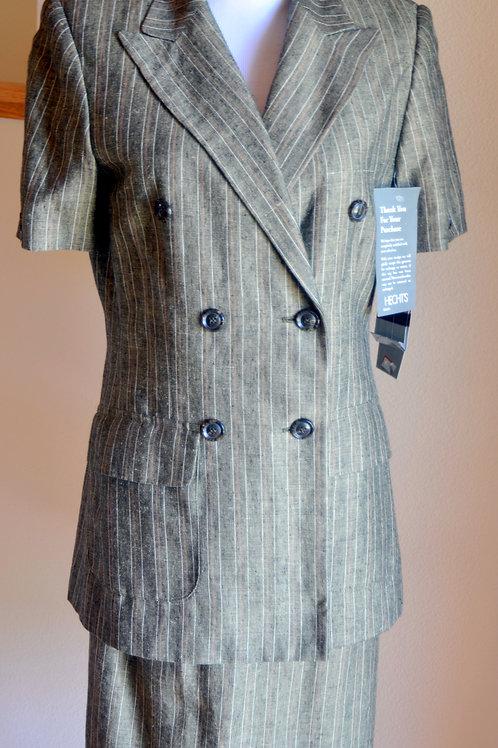 Amanda Smith Suit, Size 4, NWT   SOLD