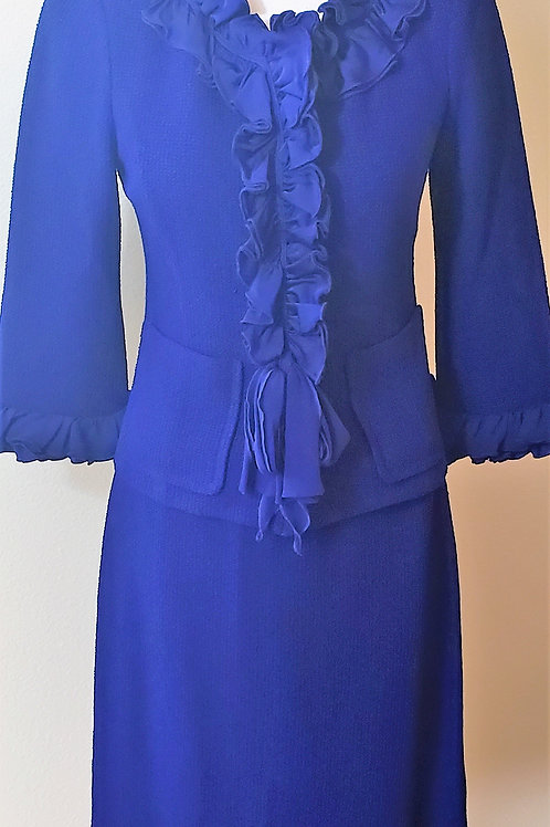 St. John Collection Suit, Size 2    SOLD