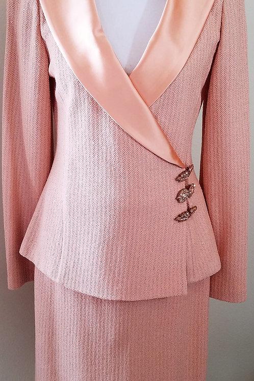 MM St. John Evening Suit, Jacket Sz 6, Skirt Sz 8    SOLD