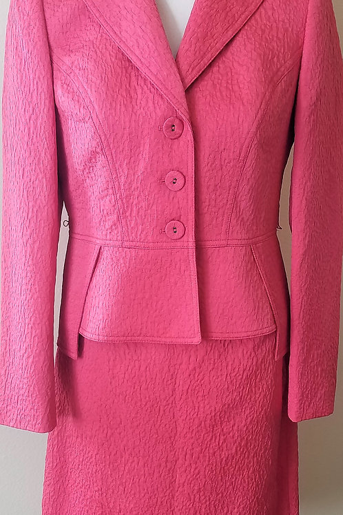 Anne Klein Suit, NWOT Size 6P    SOLD