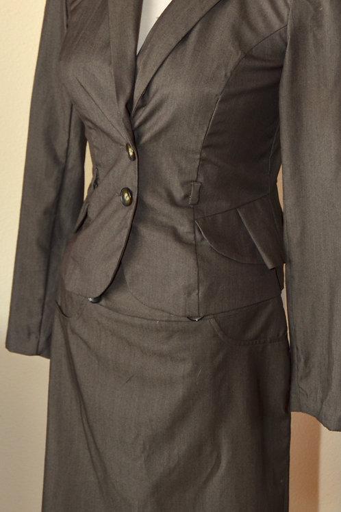 IZ Byer CA, Jacket Size S, Skirt Size 3   SOLD