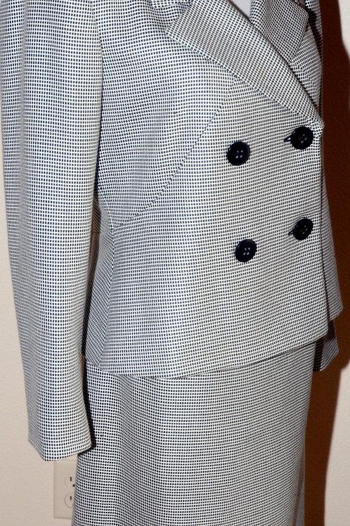 Liz Claiborne Suit, Size 6P   SOLD