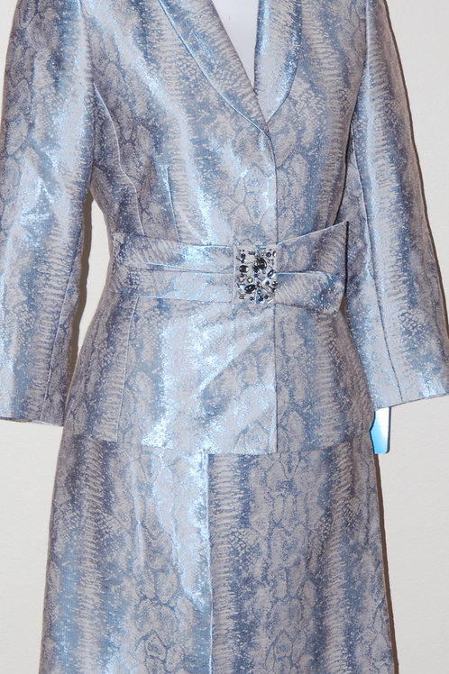 Tahari Suit, NWOT Size 2   SOLD