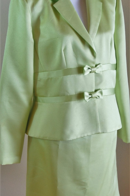 Jessica Howard Suit, Size 12  SOLD