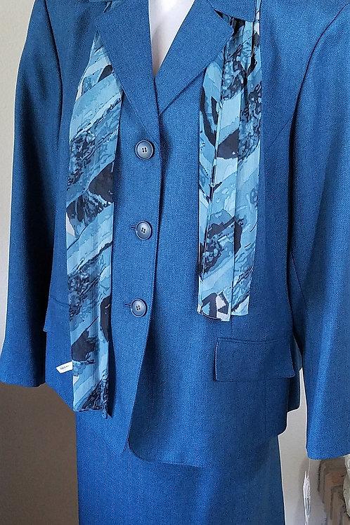 Le Suit, Suit, NWT, Size 24W     SOLD