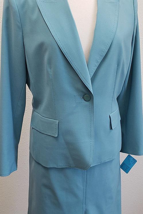 Kasper Suit, Size 14P    SOLD