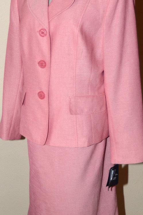 Jones Wear Suit, NWT, Size 14   SOLD