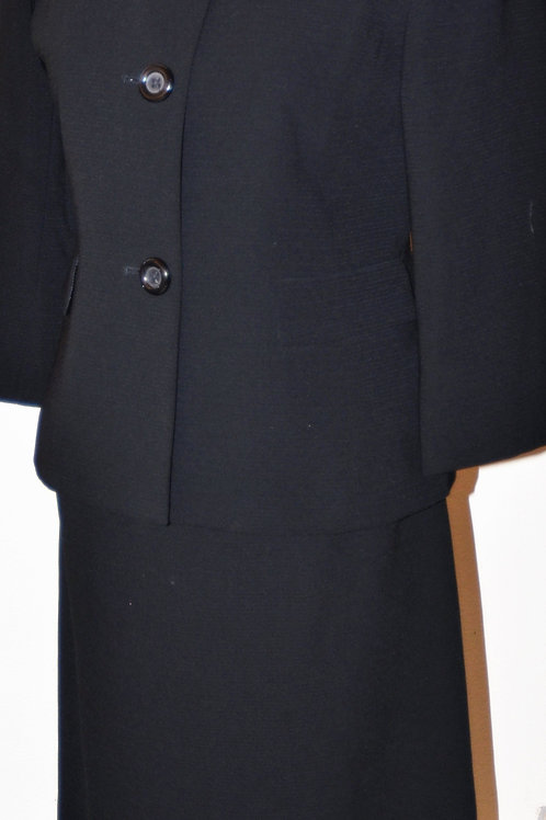 Evan Picone Suit, Size 4P   SOLD