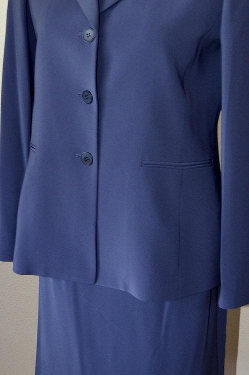 Kasper Suit, Size 6P   SOLD