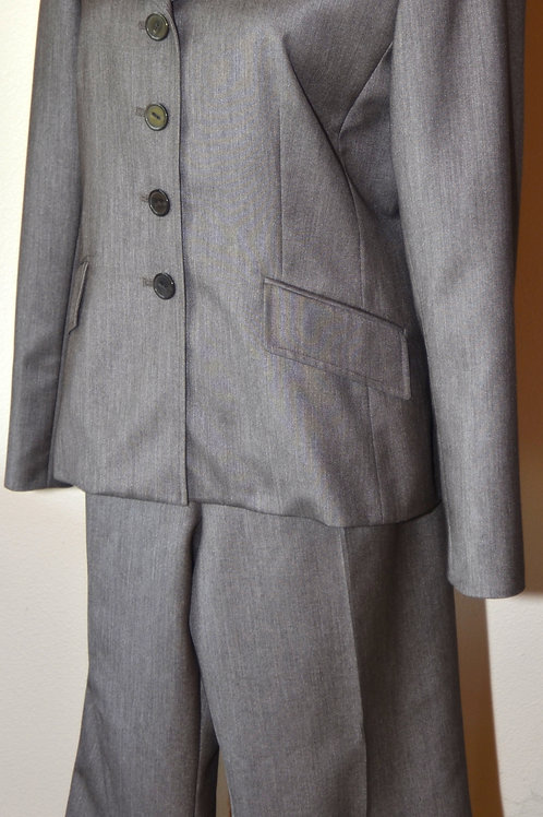 Le Suit, Pants Suit, Size 12    SOLD
